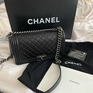NWT Chanel Black Quilted Lambskin Le Boy Bag